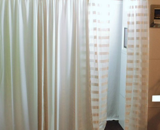 curtain photo booth for events hampton roads